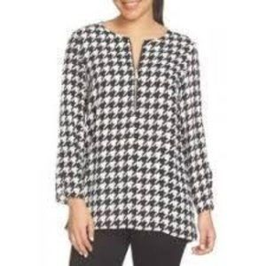 CHAUS New York Houndstooth Long Sleeve Pullover